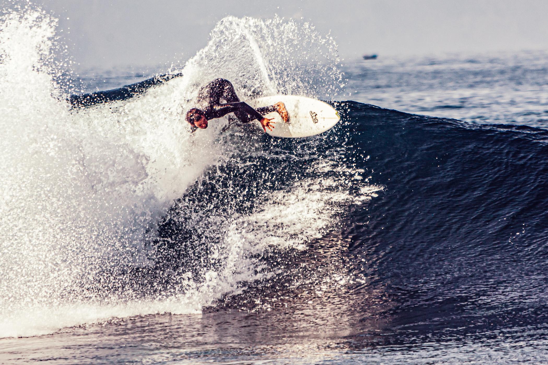 Surfing, Surfer, Tenerife, Teneriffa, Florian Kresse, Welle, Wellenreiten, Big Wave, Morning