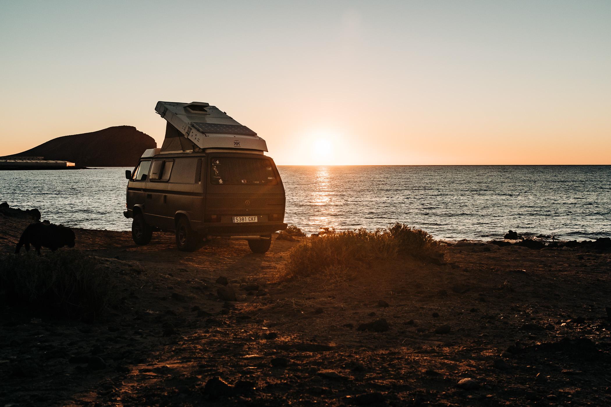 Bulli, Vintage van, Vanlife, VW T3, Camping, Florian Kresse, Photography, Stars, Milkyway, Sternenhimmel, Fotografie, Lifestyle